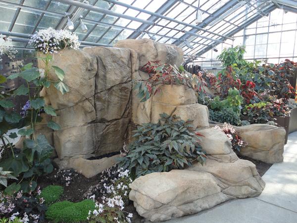 Jardin botanique concept de mur d 39 eau avec plantes tropicales - Mur d eau jardin ...